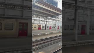 813系快速 箱崎駅通過