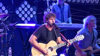 billy currington singing people are crazy live at xfinity center june 12 2015