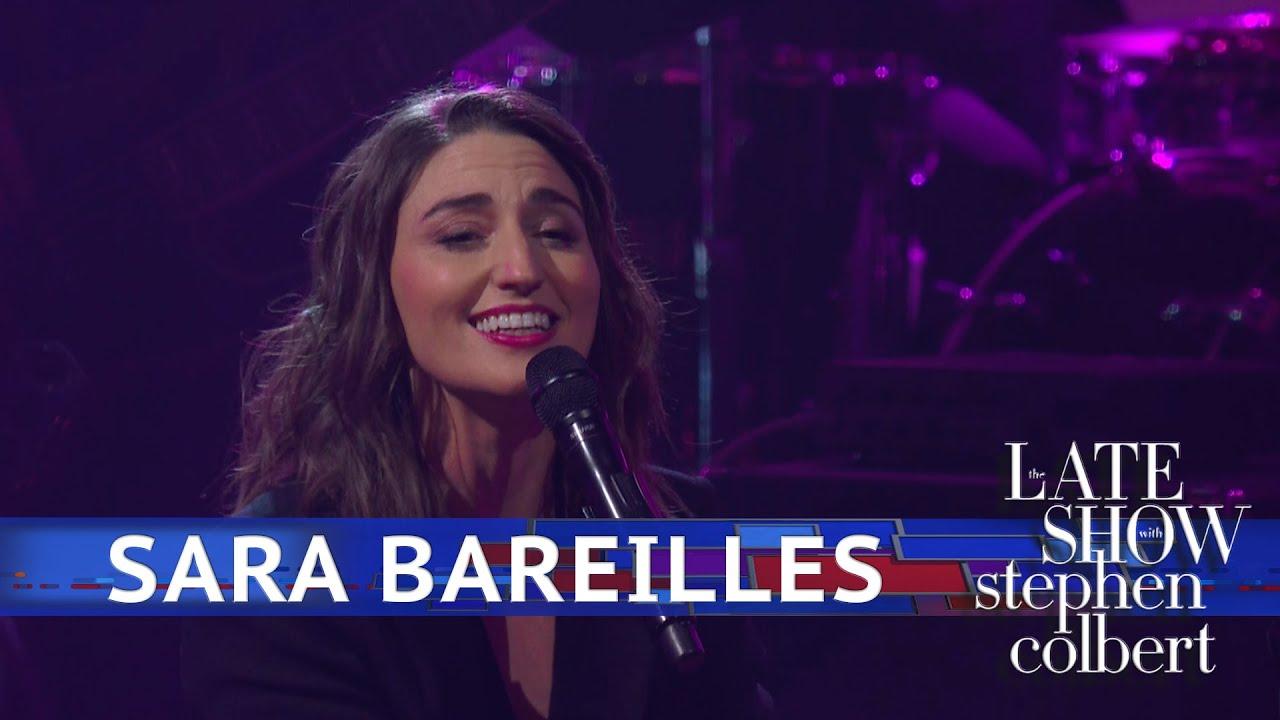 VIDEO: Sara Bareilles Performs 'Fire' and 'Saint Honesty' on SNL