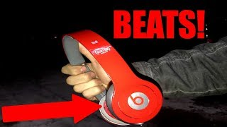 FOUND BEATS APPLE STORE DUMPSTER DIVING!