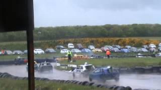 crimond raceway bangers heat 1 may 31st 2015 crash