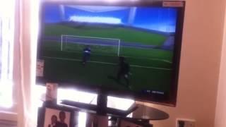 How to do a rabona on FIFA 14