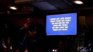 Adrian Karaoke @ Bahamas Cruise. Red Hot Chili Peppers - Under The Bridge