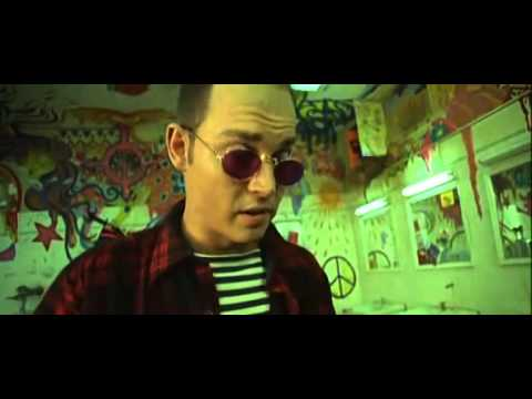 Fear loathing taking lsd in the bathroom at the matrix for Fear and loathing bathroom scene