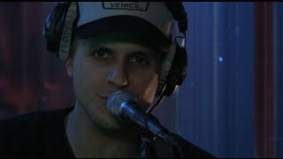 Milow - Little in the Middle (live acoustic)