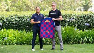 Roblox Founder and CEO whit FC Barcelona Roblox style shirt | Roblox News