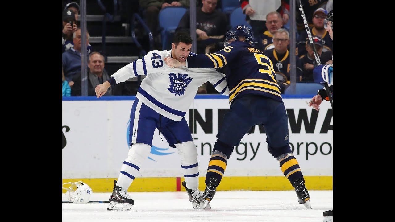 watch e676d 53168 Tavares tallies twice, hits 300 milestone, as Leafs down the ...