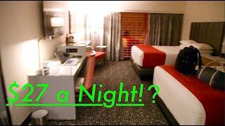 Top 5 CHEAP Hotels in Vegas!