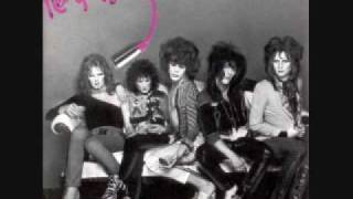 Watch New York Dolls Trash video