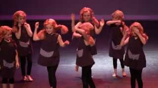 "Dance studio imove Compilatie Eindvoorstelling ""Back 2 The Future"" 2011 - 2012"