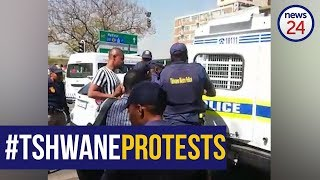 WATCH   Man arrested in Tshwane CBD for attempting to block intersection