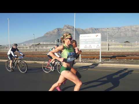 Elite Women's Final 2016 FNB Cape Town 12 ONERUN
