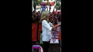 ESPN College Gameday's Samantha Ponder fail!