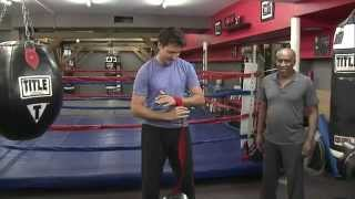 Justin Trudeau gets some boxing practice in ahead of first leaders debate