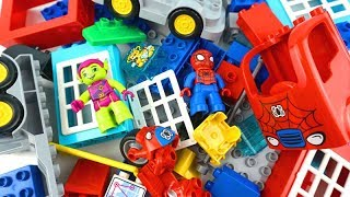 ألعاب السيارات للأطفال فيديو بناء ألعاب Lego Duplo تعلم الألوان