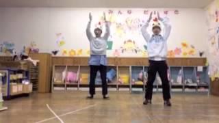 現役保育者ユニット・カツリキの運動会ダンス『コケッコーダンス』。たまごからひよこが生まれ、ニワトリになってパタパタ!2歳児から楽し...