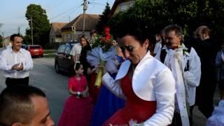 Meglepetés leánykérés az esküvőn