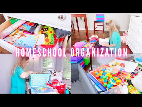 ORGANIZING our HOMESCHOOL ROOM! (Messy) | Family 5 Vlogs