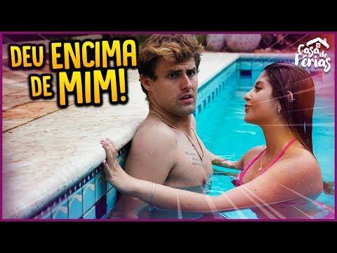 ELA DEU EM CIMA DE MIM NA PISCINA!! - CASA DE FÉRIAS #23 [ REZENDE EVIL ]