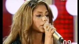 Смотреть клип Gabriella - Me Aceita