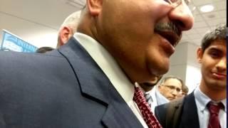 فيديو.. مسؤول سعودي عن قصف بلاده لليمن: كضرب الرجل لزوجته