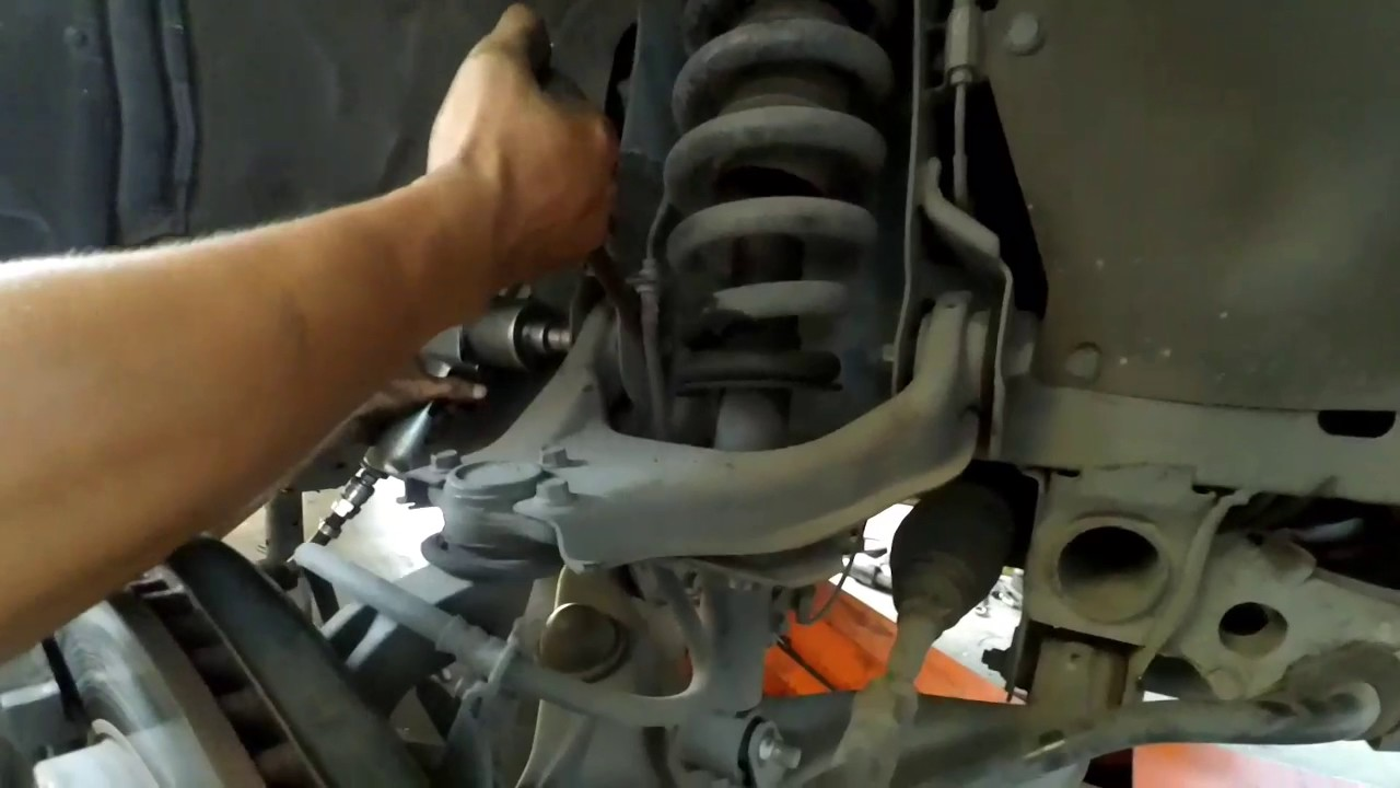 Mitsubishi Pajero Front Shock Absorber Replacement Youtube