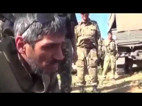 Zajatí ukrajinští vojáci z dobrovolnických praporů Národní gardy budou obnovovat zničená m