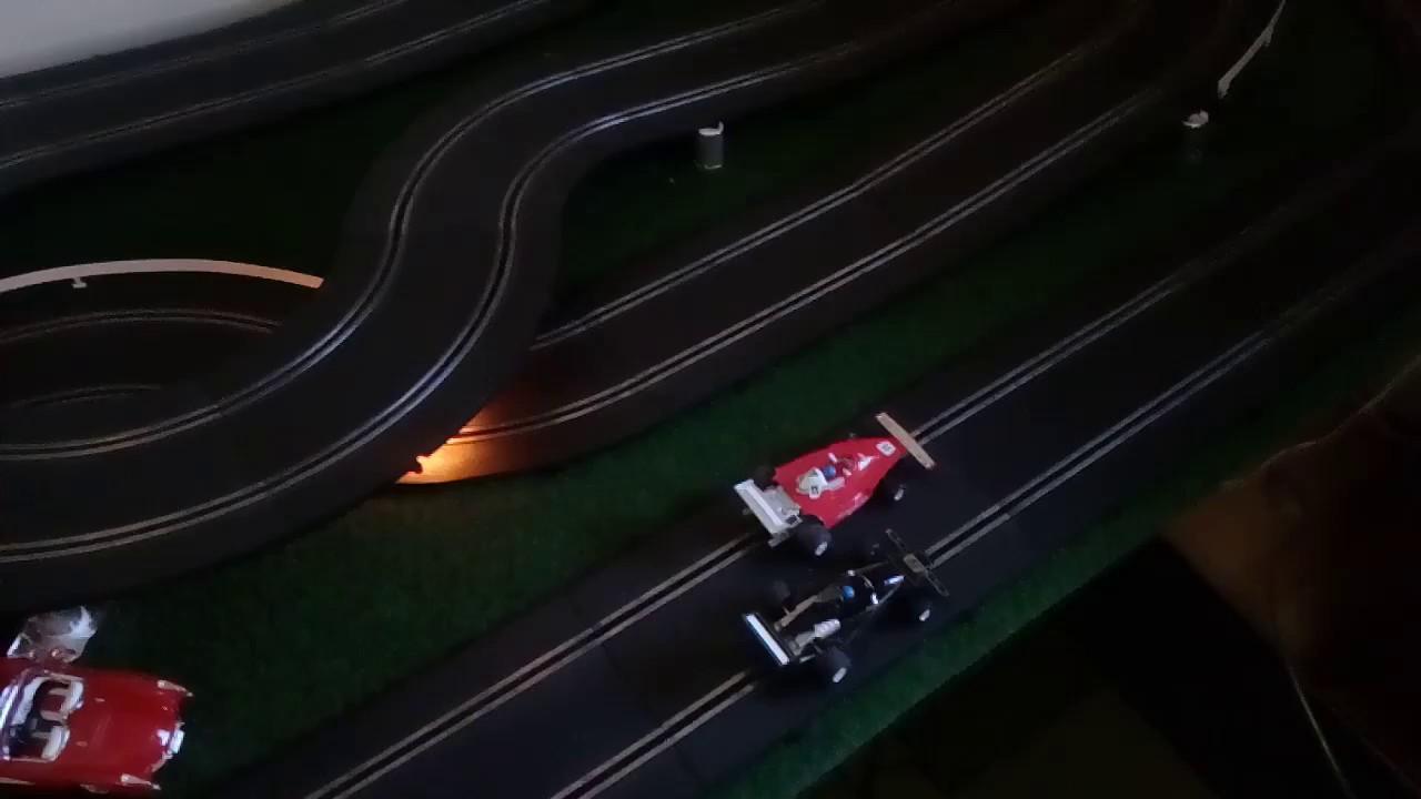 Polistil 132 slot car track v32 onthetable youtube polistil 132 slot car track v32 onthetable aloadofball Images