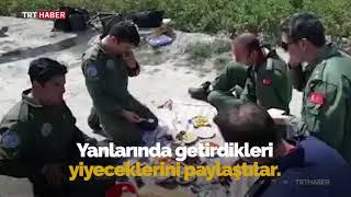 Helikopter arıza yaptı, köylüler Mehmetçiğin yardımına koştu