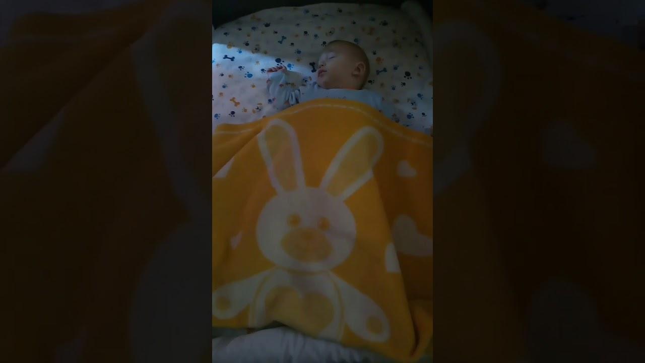 30 Saniyede Bebek Uyutmanın Yolu