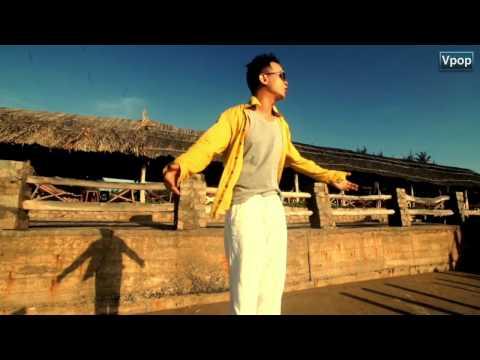 Biển xanh và nắng vàng _ Hà Okio [Official HD]