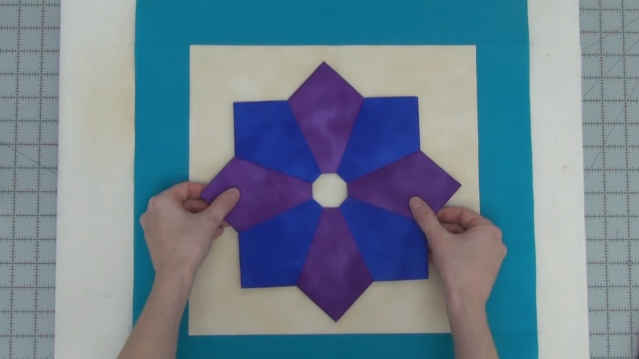 How To Piece A Pointy Eight Dresden Plate Quilt Block Beginner