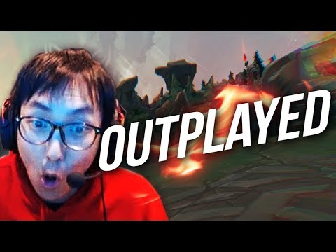 Doublelift - OUTPLAYING FAKE BJERGSEN