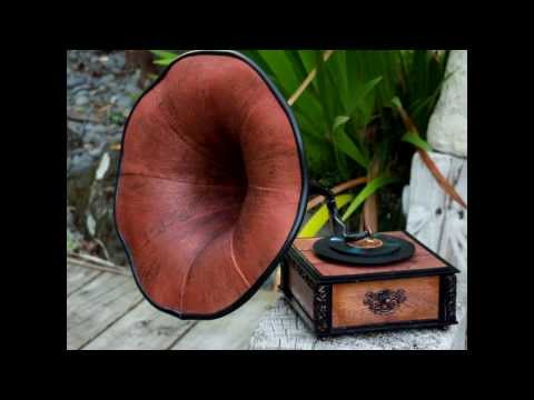 Tim Holtz Gramophone & G45 Luminary Music Boxes