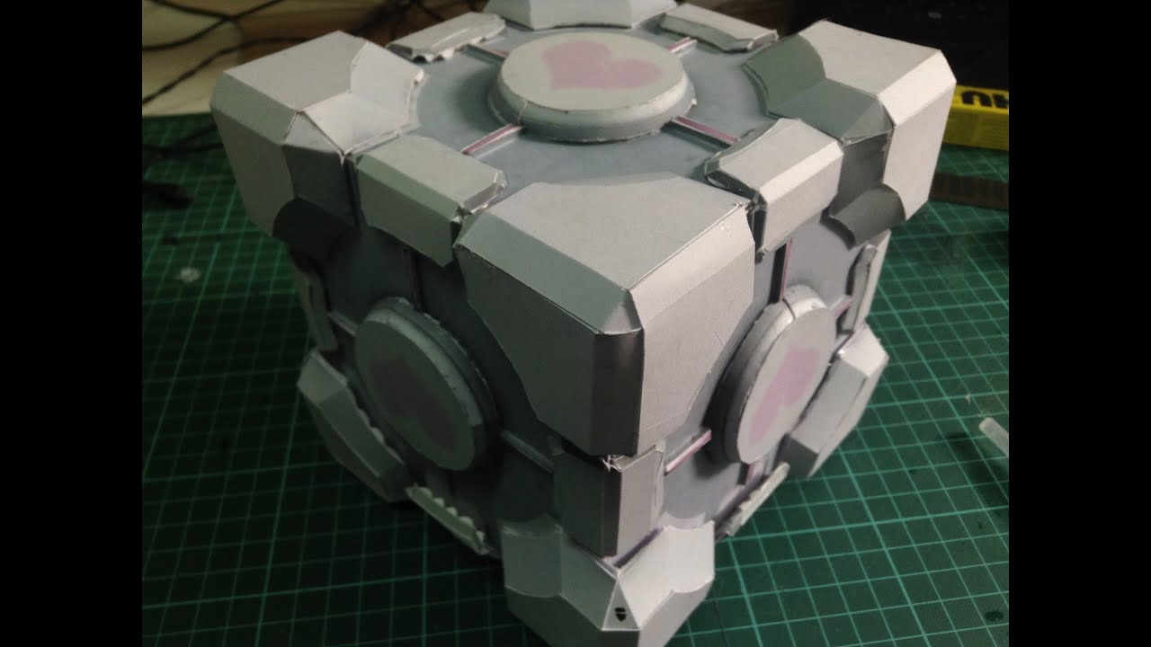 Papercraft Weighted Companion Cube Papercraft Tutorial (Span subs)