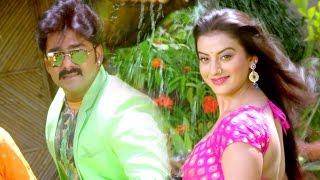 सबसे रसीला गाना 2017 Sab Dhan Kha La Pawan Singh & Akshra Singh Tridev