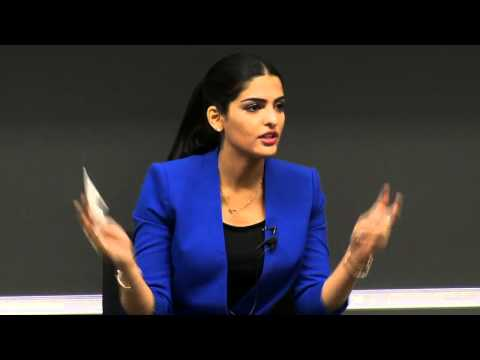 Princess Ameerah Al Taweel discusses social leadership with ESADE MBA students
