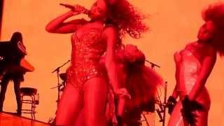 Beyonce (HD) - Naughty Girl (I Am...World Tour 2009, Trent FM Arena, Nottingham)