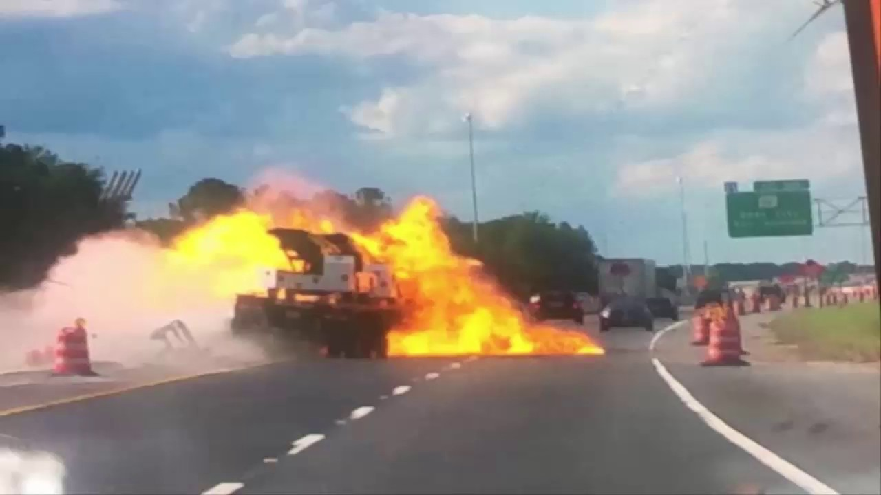 Fiery Crash Prompts I-75 Closing, oh my God watch this
