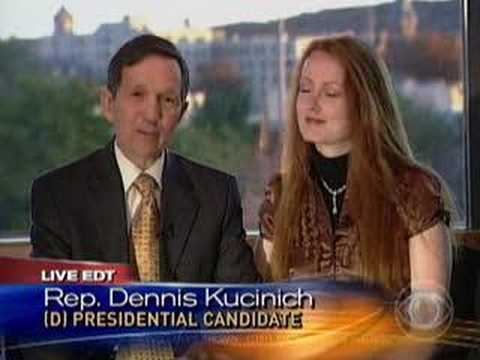 Meet The Kucinichs (CBS News)
