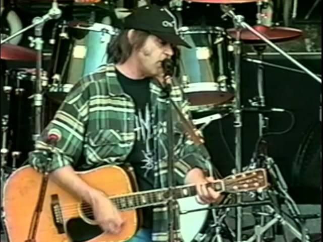 neil-young-four-strong-winds-10-18-1997-shoreline-amphitheatre-official-neil-young-on-mv