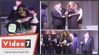 بالفيديو. . تكريم بسكال مشعلانى وليلى غفران بمهرجان الأغنية المصورة
