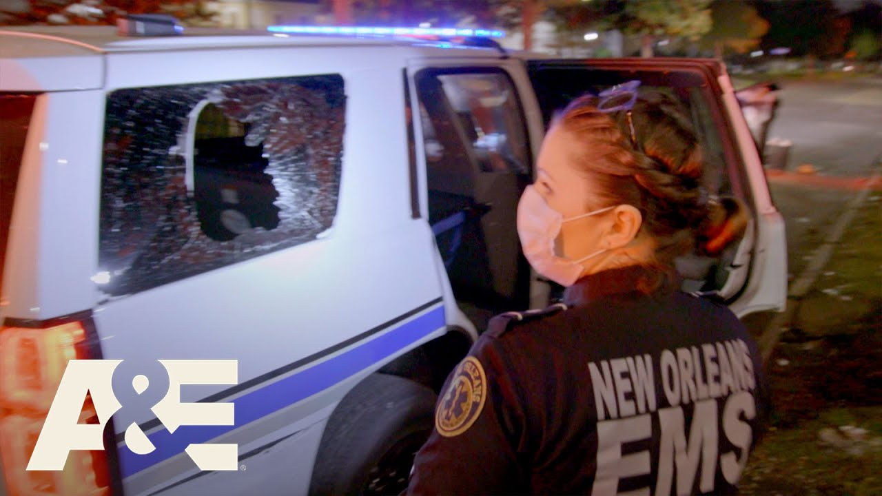 Nightwatch: Holly Treats Man Who Breaks Police Cruiser Window With His Head | A&E