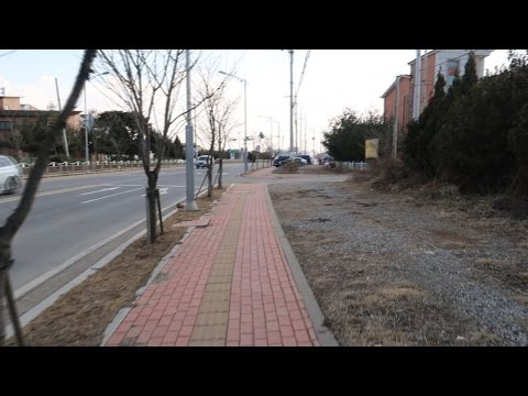 South Korea Vlog 003 - Walking & 7-11