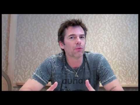 "Billy Burke Interview - ""Revolution"" Season 2"