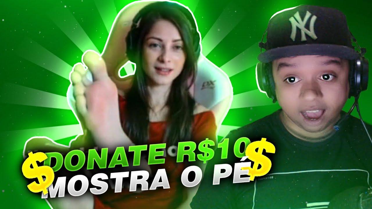 MOSTROU O PÉ EM LIVE - INVADINDO LIVES COM 0 PESSOAS !