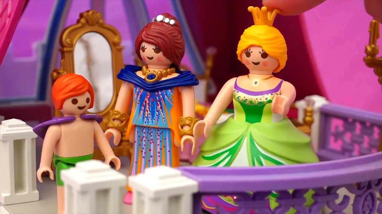 Playmobil Toys Princess Castle And Swimming Pool With Family Fun Kid Friendly Stories Youtube