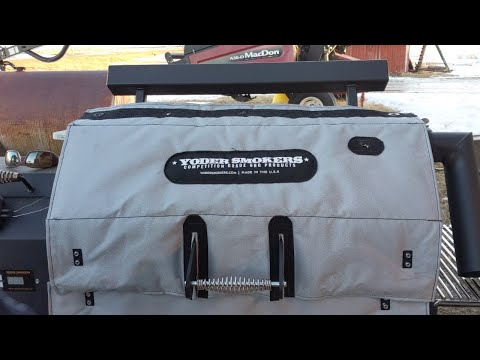 Yoder YS640 Thermal Jacket for cold weather winter smoking. Unboxing and assembly.