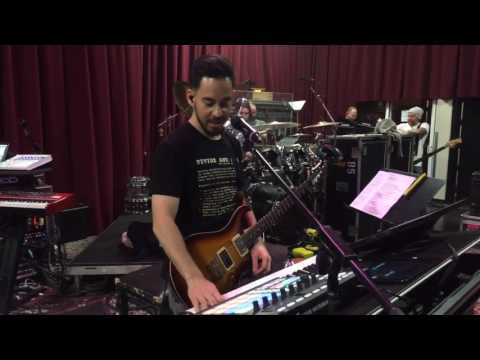 Linkin Park - Heavy Live From Rehearsals Reggae heavy Heavy!