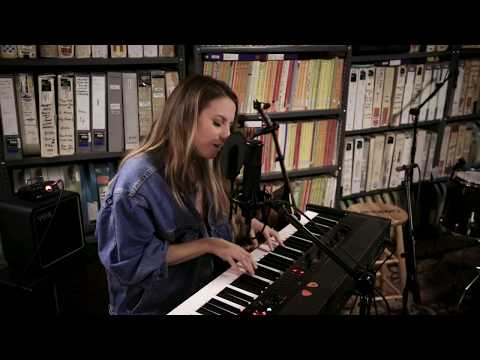 Download Caitlyn Smith - Supernova - 1/17/2020 - Paste Studio NYC - New York, NY Mp4 baru